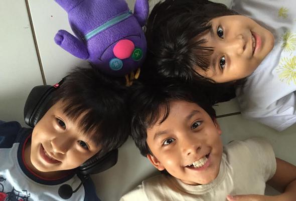 Hikaru_ Iori_Hitomi_monstro